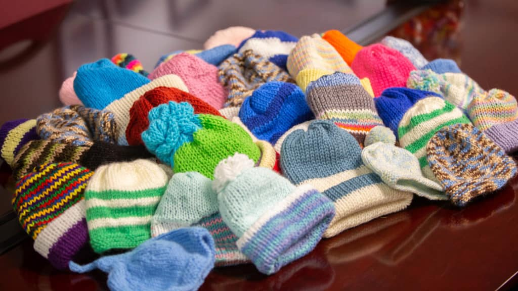 Knitting-therapy-grief-and-loss